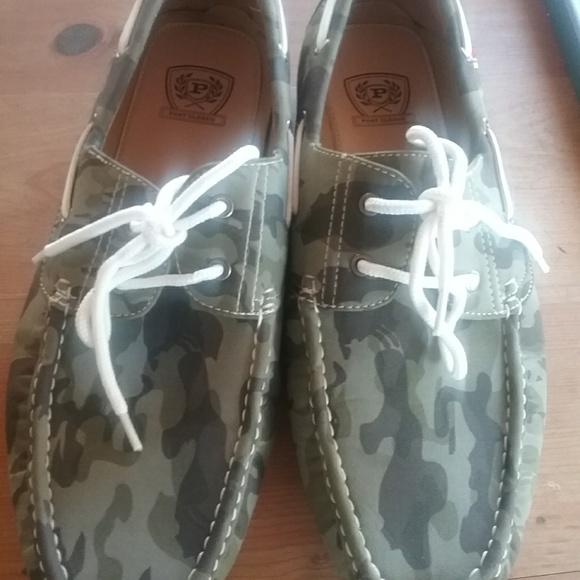 b6a11353a5b Phat Farm mens boat shoes